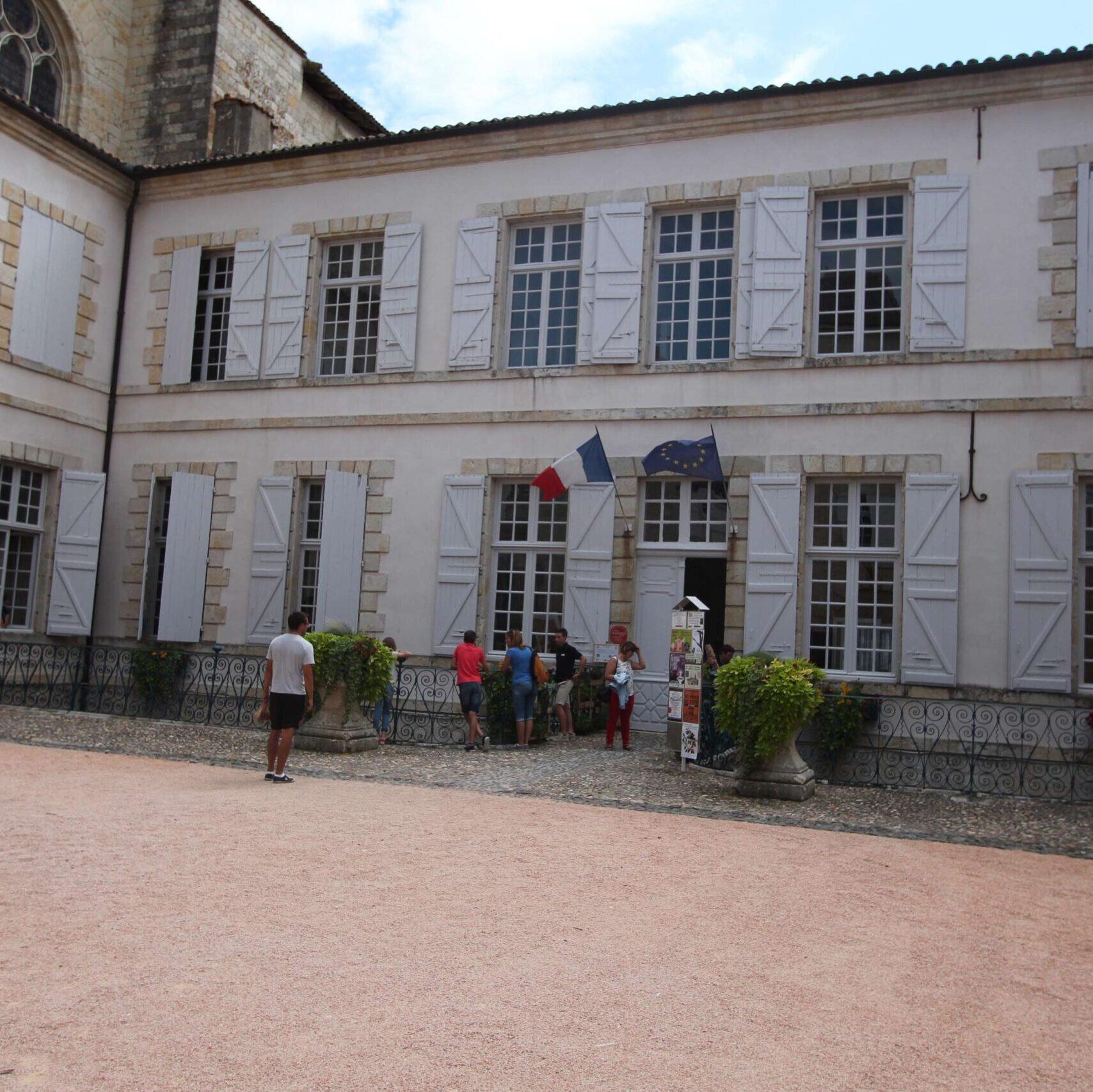 Musée Archéologique Eugène-Camoreyt