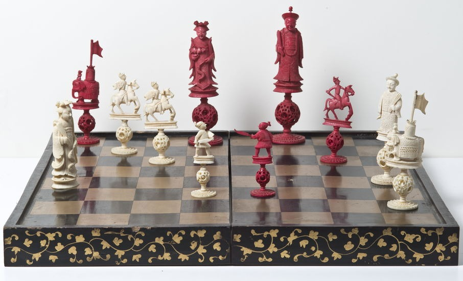 Musée Ingres Bourdelle - Exposition - Jeu d'échec et pions