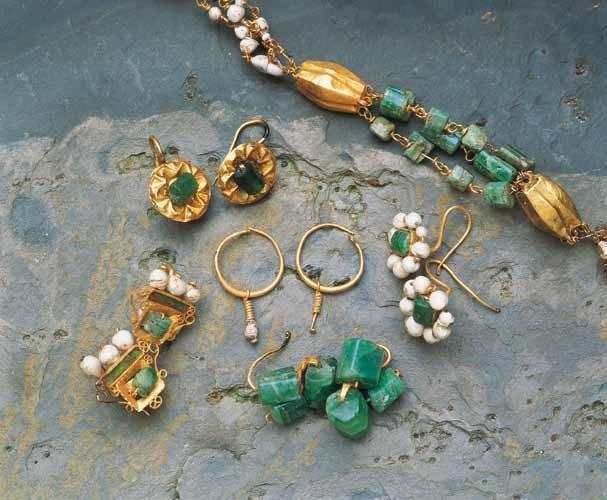 Bijoux : boucles, bracelet, collier