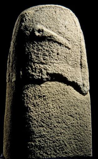 Statue-menhir, provenant de Cénomes (Cne de Montagnol)