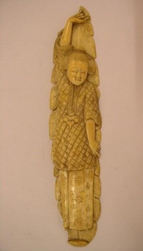 Bas-relief en ivoire