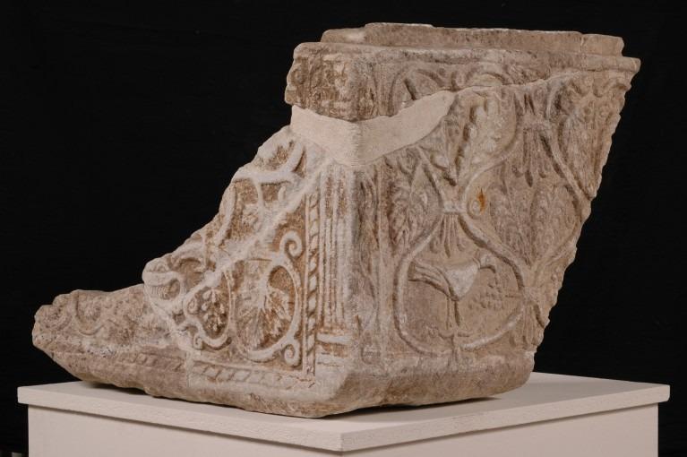 Cuve et couvercle d'un sarcophage