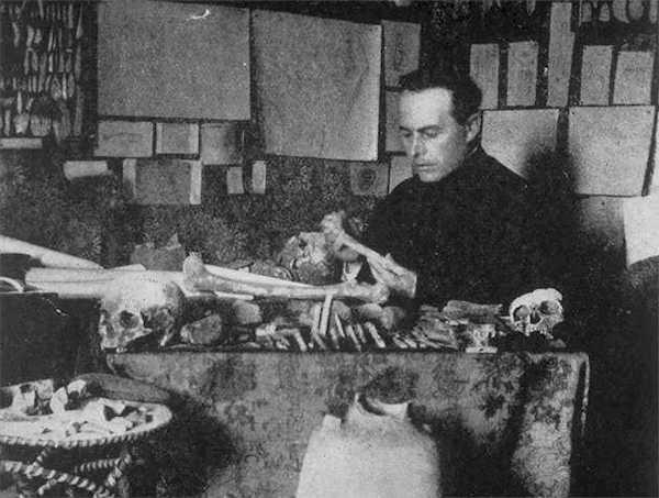 L'abbé Amédée Lemozi