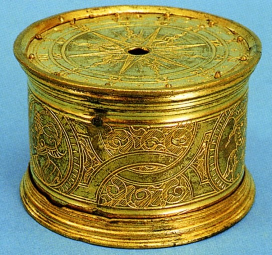 Petite boîte d'horloge de table en forme de tambour