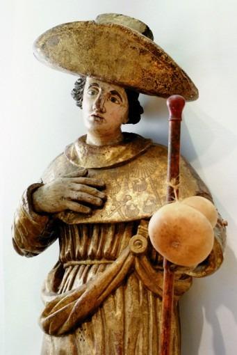 Saint Jacques en costume de pèlerin