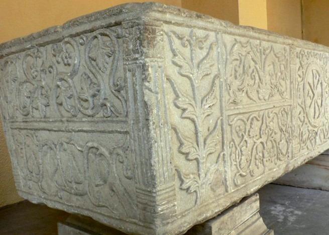 Sarcophage dit de Saint-Alain