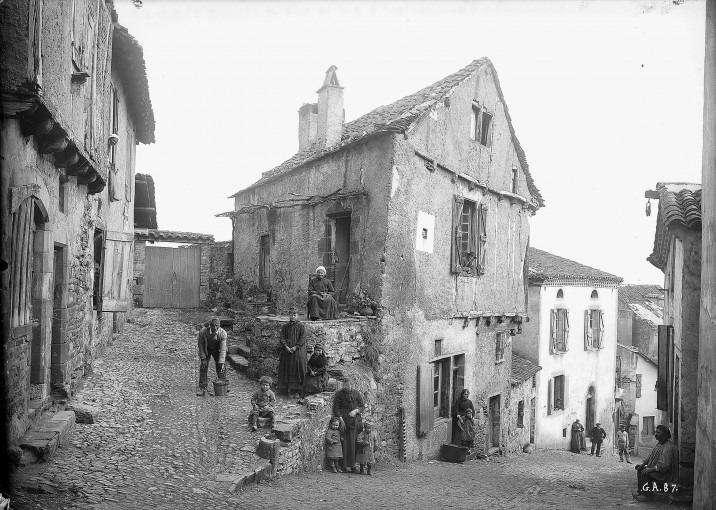 Cordes, vieille maison